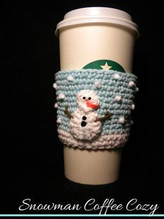 Snowman Coffee Cozy pattern by Aunt Janet's Designs Snowman Coffee Cozy ~ fits large coffee, frappucino, iced beverages cups ~ CROCHET Crochet Coffee Cozy, Crochet Cozy, Crochet Gifts, Yarn Projects, Crochet Projects, Coffee Cozy Pattern, Knitting Patterns, Crochet Patterns, Crochet Snowman
