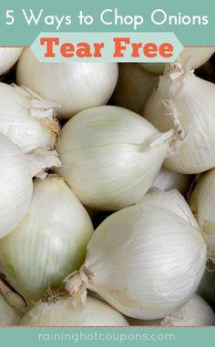 5 ways to chop onions tear free - Freezing Garlic