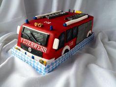 Feuerwehrauto Kuchen Fire Engine Cake