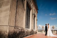 Beautiful photoshoot on the twin houses in Merida Wedding Planning Yucatan, Mexico http://www.charmingstudio.com.mx