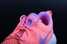 So Cheap!! I'm gonna love this site!#Nike #Roshe #Run outlet online Check it out!! Only $20 Fashion Models, Fashion Shoes, Fashion Tips, Fashion Trends, Online Checks, Nike Outlet, 2016 Trends, Nike Roshe, Street Style Women