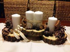 Christmas Advent Wreath, Christmas Candle Decorations, Pine Cone Christmas Tree, Christmas Arrangements, Christmas Wood, Christmas Time, Christmas Crafts, Woodland Christmas, Natural Christmas