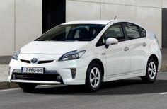 http://newcarnewsreviews.com/toyota-prius-plug-hybrid-2013-review/