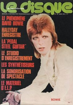 Bowie in a french magazine Magazine Front Cover, Magazine Covers, The Cher Show, David Bowie Pictures, Newspaper Front Pages, Mick Ronson, The Thin White Duke, Ziggy Stardust, Sound & Vision
