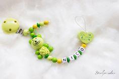 #Schnullerkette #Du zeigst uns was #Liebe bedeutet von #Strickparadies