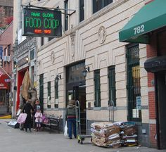 Park Slope Food Coop, Brooklyn -- one of the oldest, most successful Food coops!