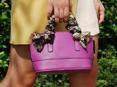 Modern Sixties | Kind Distinction http://www.kinddistinction.com/modern-sixties/ #fashion #style #retro #vintage #60s #60sinspired #lookbook #summer #summerstyle #fashionblog #bloggers #minibag #magenta