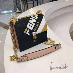 Kan I Bag - Luxury Kha Gate - Handtaschen - bags Cheap Purses, Cheap Handbags, Cute Purses, Chanel Handbags, Fashion Handbags, Purses And Handbags, Fashion Bags, Popular Handbags, Hobo Purses