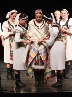 Slovak wedding - tradition and its modern variations Folk Costume, Costumes, Roman Artifacts, Art Populaire, Heart Of Europe, Romantic Outfit, Folk Fashion, National Museum, Traditional Dresses