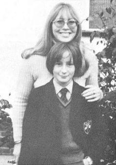 Cynthia Powell Lennon with son, Julian.