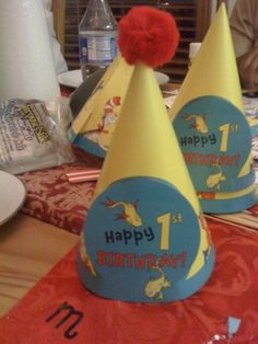 I tool these hats and glued the poms poms on top for some added Seussville ooomph :) Dr Seuss Party Ideas, Dr Seuss Birthday Party, First Birthday Parties, Birthday Party Themes, Birthday Ideas, Dr Seuss Cake, Dr Suess, Cat In The Hat Party, Happy 1st Birthdays