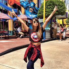 Cute Universal Studios outfit with Captain America shirt Disneyland Outfits, Vacation Outfits, Disney Outfits, Disney World Pictures, Cute Disney Pictures, Cute Summer Outfits, Cute Outfits, Disney Universal Studios, Universal Orlando