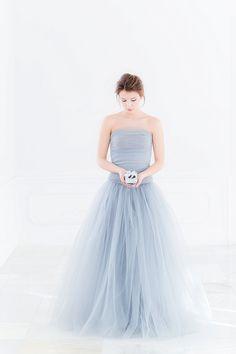 #brautkleid graues Brautkleid - Ballerina Bride – eure Ballerina Box als Gastgeschenk von little pink butterfly und 1 Box im Wert von 149€ zu gewinnen! | Hochzeitsblog - The Little Wedding Corner