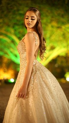 Elegant Prom Dresses, Old Dresses, Cute Dresses, Wedding Dresses, I Dress, Dress Outfits, Party Dress, Fashion Outfits, Princess Ball Gowns