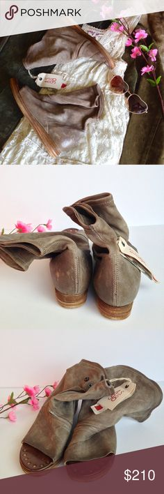 A.S. 98 Brielle Open Toe Bootie BNWT Beautiful Brielle distressed open toe bootie from A.S. 98. An almost-hidden zipper swoops diagonally across a slouchy, open-toe bootie crafted from rich, supple Italian leather. A layered platform and gold tone grommet details further the modern, worn-in style. --- Small cracks, scars, stains and variations in texture are typical characteristics of A.S. 98's leather and hand finish and are not flaws! --- Size EUR 39   US 8/8.5 --- PRICE IS NEGOTIABLE! I…