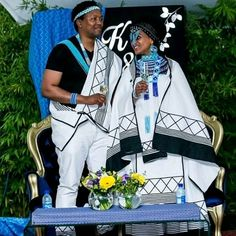 Xhosa Attire, African Attire, African Outfits, Traditional Wedding Dresses, Traditional Weddings, Wedding Wear, Wedding Attire, African Traditional Wear, African Royalty