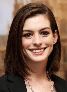 Anne Hathaway in 2008_cute hair cut!  I Just love her