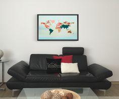 "Quadro ""Mapa Vintage"" por Juliana Zimmermann e almofada ""Wanderer"" por Koning"