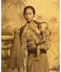 28 Beautiful Images Of Batik In Indonesian History