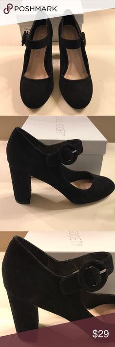 Shop Women's Sole Society Black size 8 Heels at a discounted price at Poshmark. Description: Black suede with block heel for added comfort and a Mary Jane style buckle. Holiday Shoes, Black Suede, Block Heels, Mary Janes, Character Shoes, Dance Shoes, Shoes Heels, Best Deals, Closet
