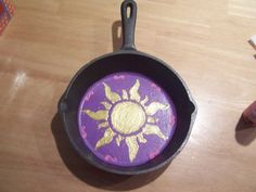 Upcycling old cast iron pan - Rapunzel!