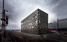 The Yardmasters Building by McBridge Charles Ryan | FADA webzine - Fashion | Architecture | Design | Arts graphiques