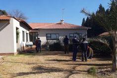 Argief vir plaasaanvalle | Maroela Media Provinces Of South Africa, Old Men, White Man, Death, Scene, Stage