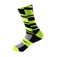 """Fearless- Cycle Socks Comfortable to wear with seamless cut and """"Y"""" design on heel. Special arch design to reduce the fatigue. Equally suited to running or hiking Durable. Mountain Bike Clothing, Mountain Bike Shoes, Mountain Bicycle, Mountain Biking, Mountain Bike Accessories, Cool Bike Accessories, Head Injury, Comfy Shoes, Cycling Outfit"""