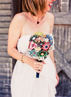 Los Angeles DIY Wedding by Beaux Arts Photographie Broach Bouquet, Crystal Bouquet, Wedding Images, Diy Wedding, Prom Flowers, Old Jewelry, Vintage Flowers, Vintage Brooches, Style Me