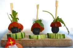 skinnysint1: pietjes; evt. de olijven vervangen door druiven