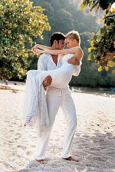 ♡ White Beach Wedding. www.sandimentalmemories.com #sandimentalmemories