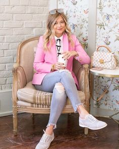 Alright, alright, I'm sure you've heard, read, seen or already shopped the sale 🤦🏼♀️ One of my favourite items in the sale is… Blazer Outfits, Pink Outfits, Classy Outfits, Summer Outfits, Cute Outfits, Over 50 Womens Fashion, Girl Fashion, Fashion Outfits, Fashion Tips
