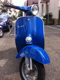 Vespa v50 Rundlicht RAL 5010 Enzianblau