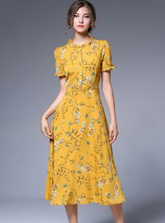 Buy Yellow Chiffon Floral Print Falbala Skater Dress with High Quality and Lovel. - Buy Yellow Chiffon Floral Print Falbala Skater Dress with High Quality and Lovel… – Source by - Women's Dresses, Cute Dresses, Vintage Dresses, Dress Outfits, Casual Dresses, Dress Up, Straight Dress Outfit, Pretty Dresses For Women, Straight Skirt
