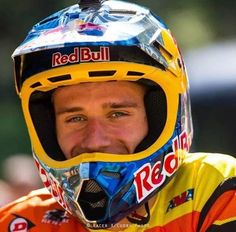 his smile just makes my day!!!! cant wait till spring creek to get your autograph again!!!!!!