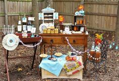 Ooh I'm totally dying to have my own yard!! Love the little outside party set up