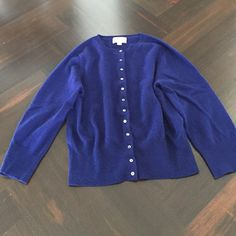 PURE Cashmere cardigan, size 6 Excellent condition, 100% cashmere. Runs small. This will fit a size small. PURE Collection Sweaters Cardigans