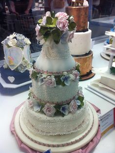 Decorative Multi Tiered Cake Royal Melbourne Show 2014 Tiered Cakes, Melbourne, Cake Decorating, Food, Eten, Meals, Bunting Cake Toppers, Diet
