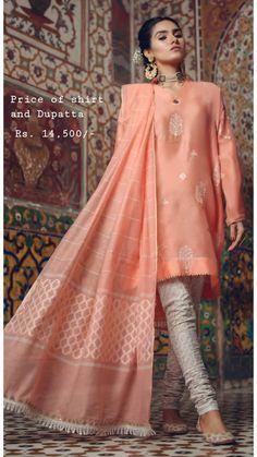 Simple Pakistani Dresses, Pakistani Fashion Casual, Pakistani Bridal Dresses, Pakistani Dress Design, Pakistani Outfits, Indian Dresses, Indian Outfits, Indian Fashion, Stylish Dresses For Girls