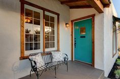 Bungalow front door styles - The front door is a gateway between the outside and the interior of a house. Its design should reflect a smooth transition between the exterior
