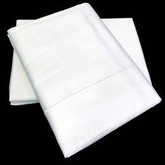 Juego completo de sábanas, 100% Algodón satinado con una densidad de 300 hilos.  El algodón satinado es lo más parecido al raso que se utilizaba antiguamente pero mejorado evitando que las mantas o fundas nórdicas se deslicen de la cama.  Tejido resistente al uso y los lavados, además muy fácil de planchar.  El resultado es un juego de sábanas de calidad excepcional con un tacto inigualable que mejorará cada vez que lave la prenda.  Puedes comprar estas sábanas en www.lagarterana.com