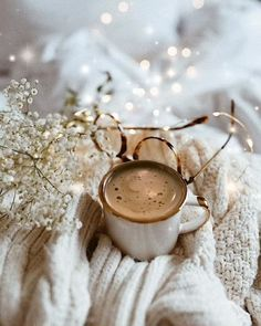 Enjoy another coffee animation I made . Credit to the photographer for such a beautiful image 💛🧡 images videos Coffee? Good Morning Coffee Gif, Monday Morning Coffee, Sunday Morning, Good Morning Video, Coffee Mornings, Foggy Morning, Coffee Girl, Coffee Love, Coffee Coffee