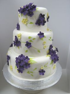 yellow and lavender country weddings | ... Them Eat Cakes: Purple Blossoms - Copetown Woods Golf and Country Club