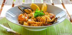 Паэлья с морепродуктами (испанская средиземноморская кухня)