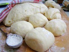 Сдобное тесто для булочек самое вкусное и нежное Hamburger, Dairy, Cooking Recipes, Bread, Cheese, Meals, Baking, Food, Meal