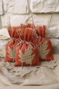 Bolsas de arpillera regalo Set de cuatro hojas por FourRDesigns