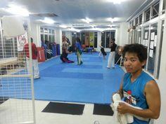 Adult capoeira class..training hard. www.facebook.com/CapoeiraAcademyOkinawa #CapOki #YFSoki #capoeira #okinawa #japan #yudansha #mma #mixedmartialarts #judo #jiujitsu #muaythai #kickboxing #bjj #zoador #MestreSucuri  #Foguete #Hawaii #SanAntonio #Pendelton #ArahaBeach #CampFoster www.BurnWithKearns.com www.bovinos-okinawa.com www.facebook.com/platinumjiujitsu