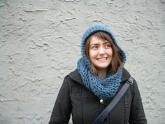 Ravelry: Acorn Head (a hooded circle scarf) pattern by Lydia Austin