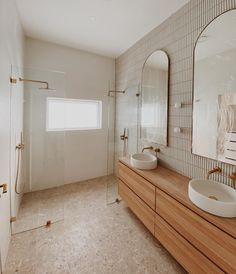 Beautiful Bathrooms, Modern Bathroom, Colorful Bathroom, Master Bathroom, Warm Bathroom, Natural Bathroom, Gold Bathroom, Bathroom Basin, Bathroom Renos