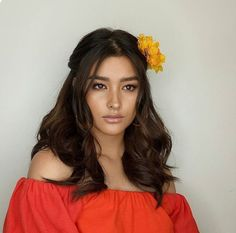 Liza Soberano (Philippines/US) Dark Brown Hair Rich, Dark Hair, Lisa Soberano, Filipina Beauty, Asian Hair, Celebrity Look, Hair Today, Pretty Face, Girl Crushes